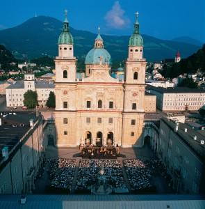 Jedermann vor dem Dom zu Salzburg